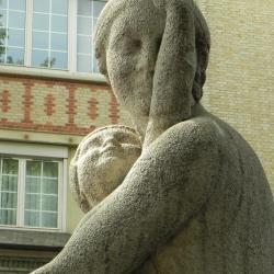 La femme à l'enfant
